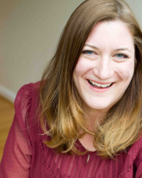 Photo of Assistant Professor Sarah Quinn.